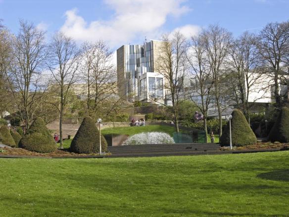 Mönchengladbach_museum_mit_skulpturengarten